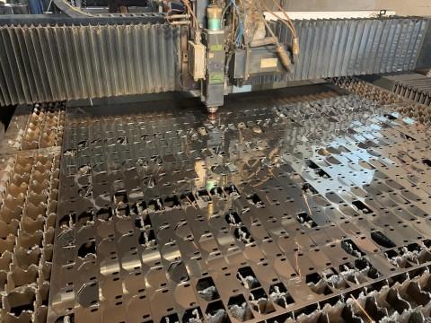 Изготовление кронштейнов из 1,2мм нержавеющей стали с помощью лазерной резки