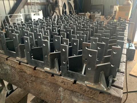 Изготовление кронштейнов из стали марки Ст3 толщиной 8мм с применением высокопроизводительного лазерного оборудования