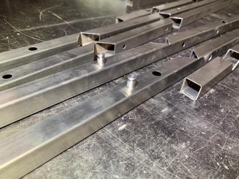 Резка и перфорация отверстий в профильном металлопрокате
