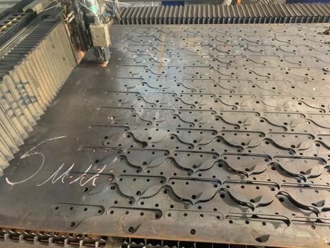 Лазерная резка 5мм стали марки Ст3 для изготовления опоры металлической
