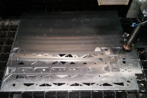 Лазерная порезка алюминия по лучшей цене в компании LaserCWM - 12-2019