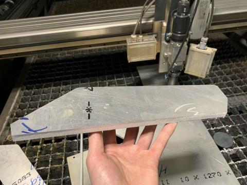 Лазерная резка алюминия толщиной 10мм в специализированной киевской компании LaserCWM
