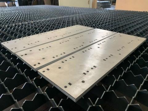 Лазерная резка алюминия толщиной 10мм в киевской специализированной компании LaserCWM на заказ