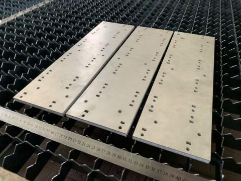 Лазерная резка металла (алюминия) толщиной 10мм в киевской специализированной компании LaserCWM на заказ