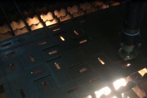 Лазерная резка деталей из черной стали Киев 10.02.2017
