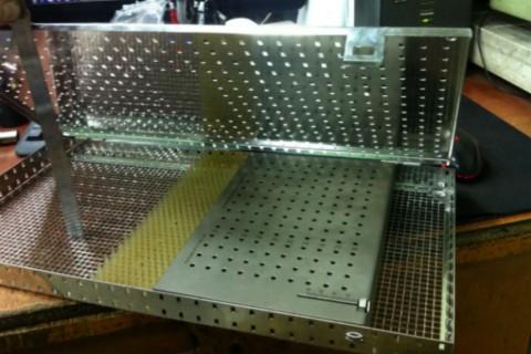 Ящик для стерилизации медицинского инструмента изготовлен на собственном лазерном оборудовании