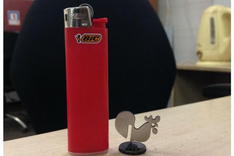 Лазерная резка и гравировка нержавеющей стали для изготовления новогодных мини игрушек-02