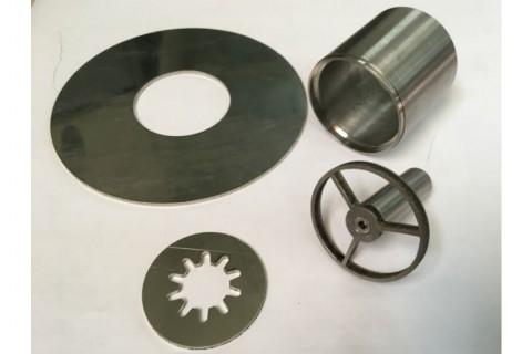 Лазерная резка и сварка нержавеющей стали для изготовления деталей в специализированной компании по лазерным технологиям