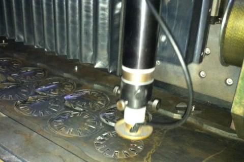 Лазерная резка из шихтованого железа. Услуги по лазерной резке железа