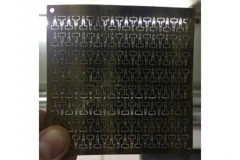 Лазерная резка латуни для изготовления мелких деталей с перемычками