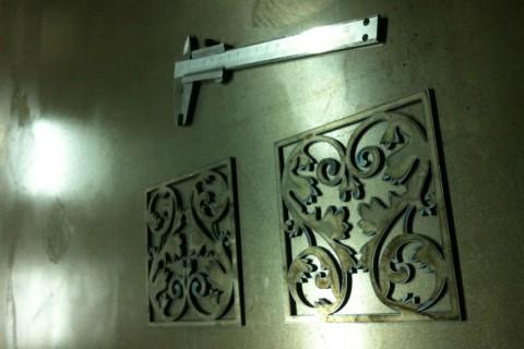 Две декоративные панели из стали