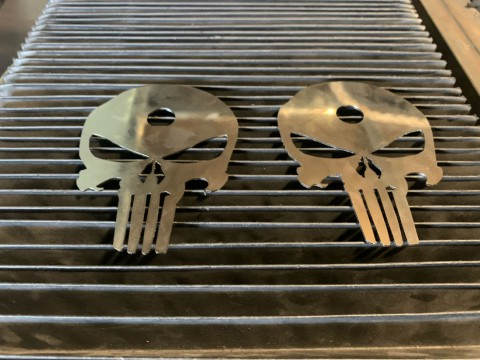 Лазерная резка нержавеющей стали для изготовления логотипов любой сложности Киев