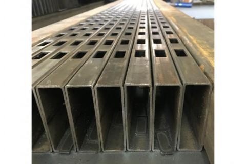 Лазерная резка профильных труб из конструкционной стали