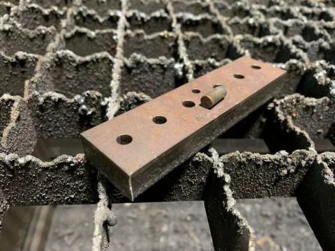 Металлические кронштейны из стали