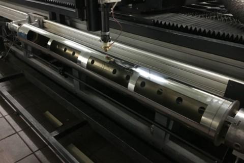 Лазерная резка труб из нержавеющей стали для изготовления промышленных светильников 13.12.2016-03