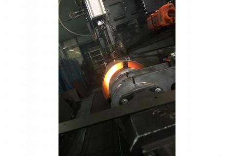 Резка труб из нержавеющей стали для изготовления корпусов уличных светильников лазерным методом