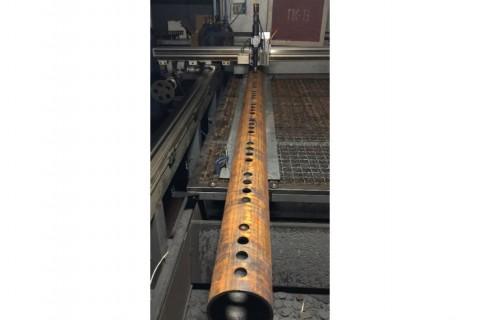 Высокоточная резка труб из углеродистой стали лазером для изготовления элемента теплового котла