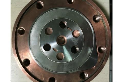 Лазерная сварка корпуса с встроенными магнитами из нержавеющей стали