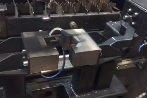 Лазерная сварка трубных заготовок из нержавеющей стали полотенцесушителей в компании LaserCWM