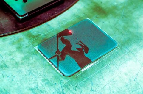 Лазерная гравировка и маркировка металла