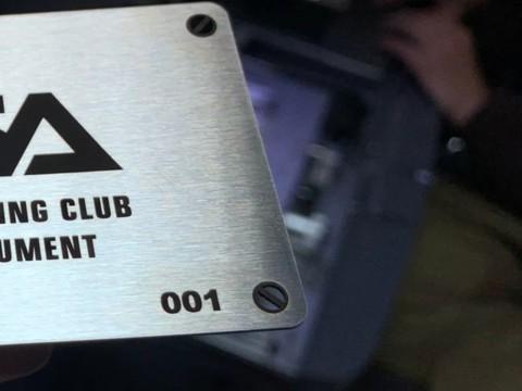 Изготовление эксклюзивных визиток из нержавеющей стали толщиной 0,8мм в киевской компании LaserCWM