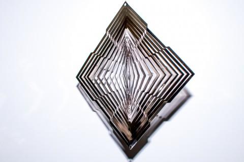 Лазерная резка ажурных контуров на нержавейке